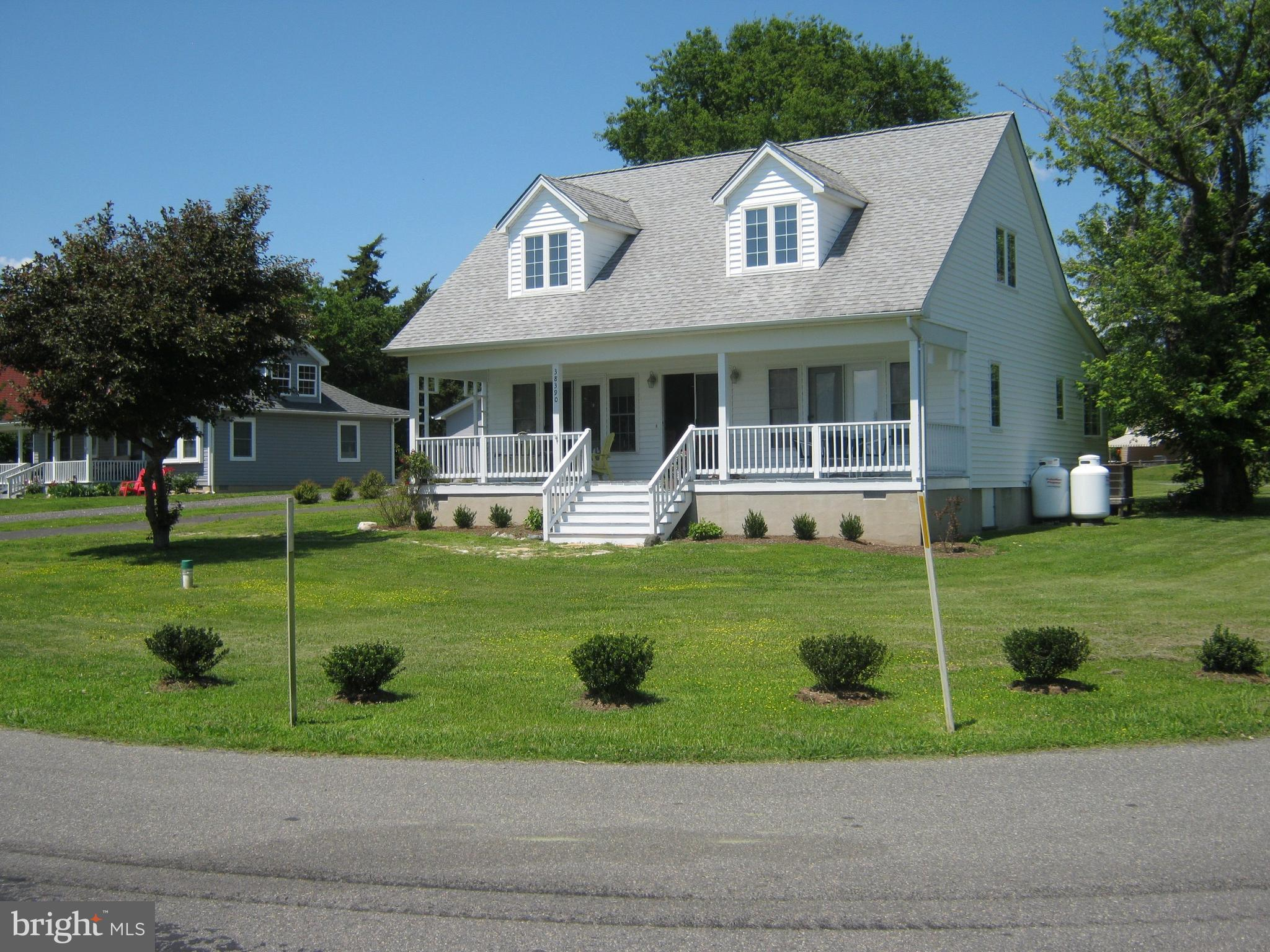 38390 POINT BREEZE ROAD, COLTONS POINT, MD 20626