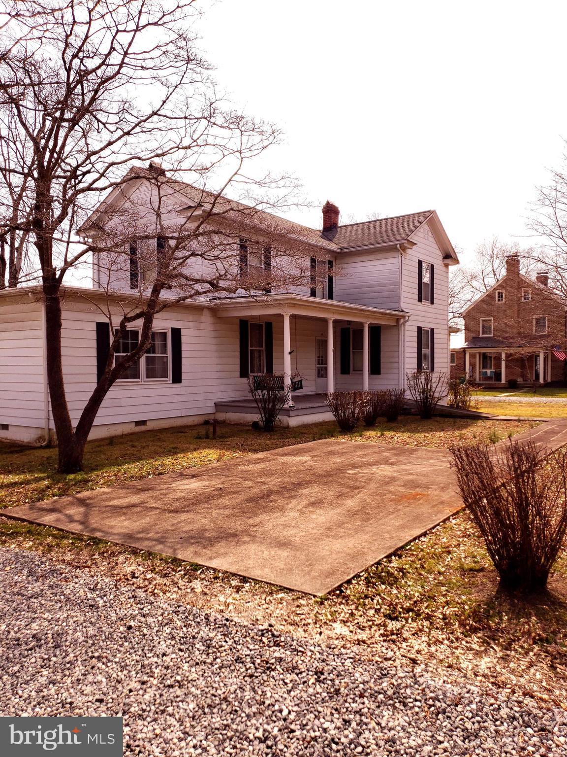 141 S MAIN STREET, BOWLING GREEN, VA 22427