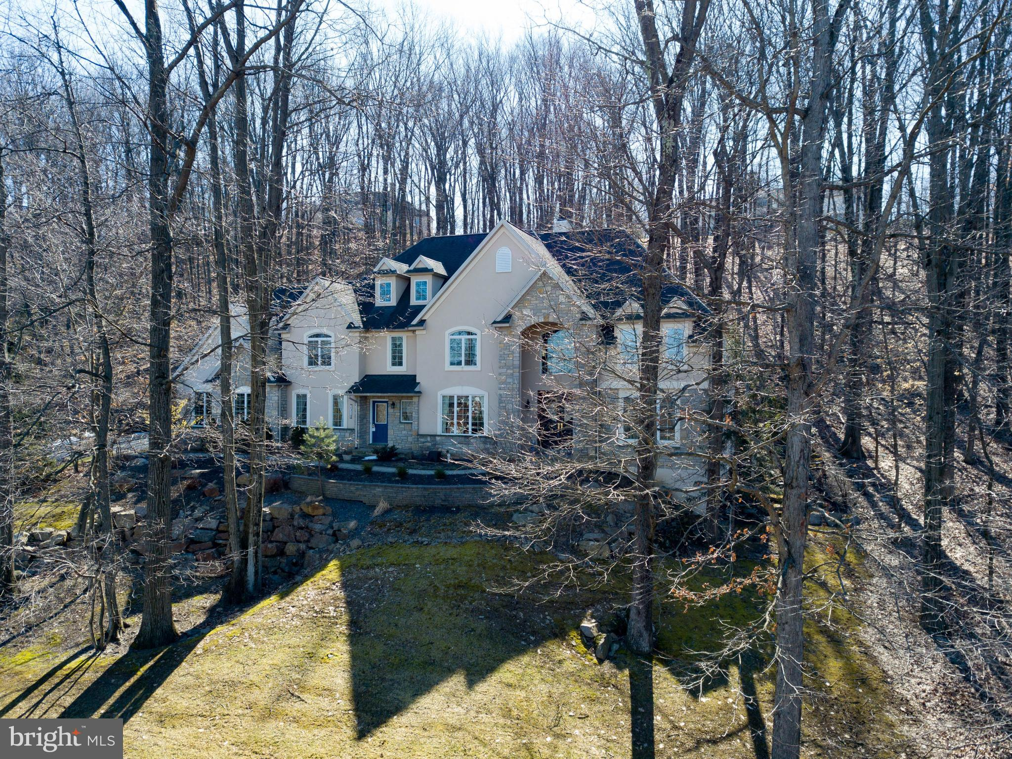 2310 BALLYBUNION ROAD, CENTER VALLEY, PA 18034