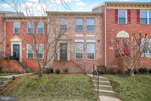 81 Roger Valley Ct Baltimore MD 21234