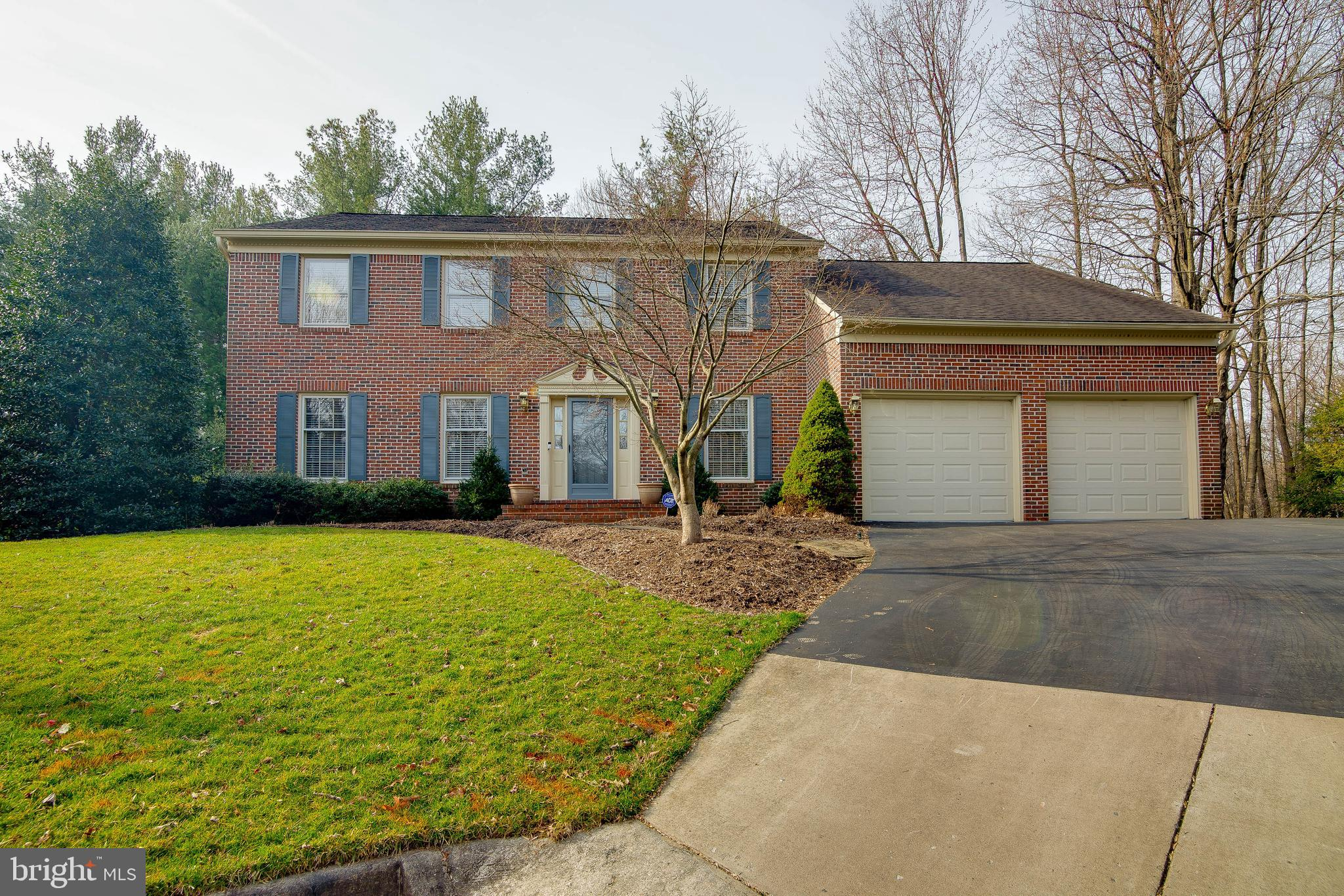 4910 HOLLYBROOK LANE, FAIRFAX, VA 22032