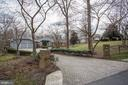 607 Deerfield Pond Ct