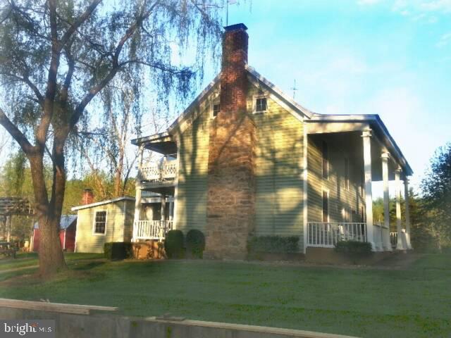 1589 DUET ROAD, HAYWOOD, VA 22722