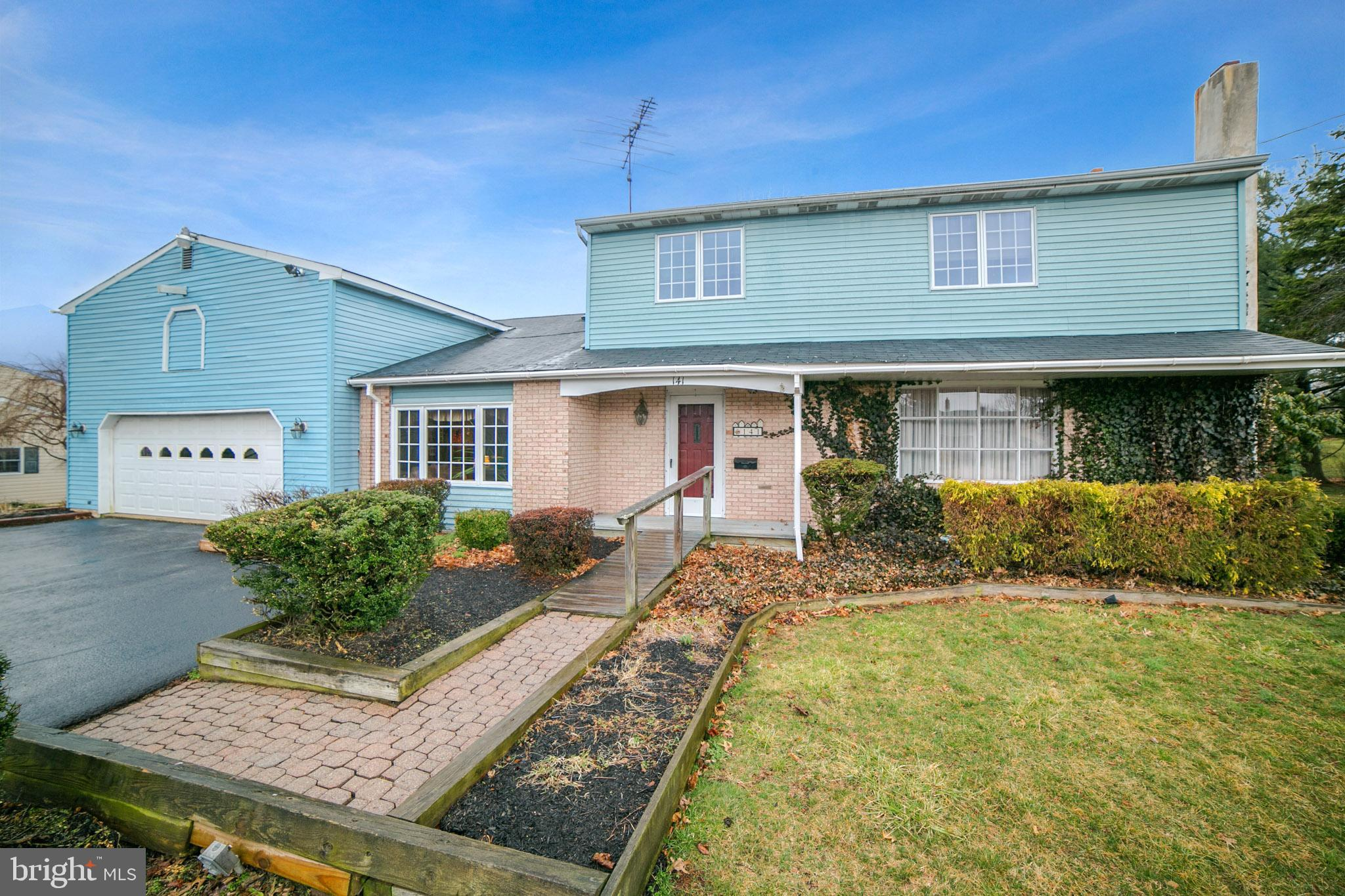 141 MAIN STREET, RED HILL, PA 18076