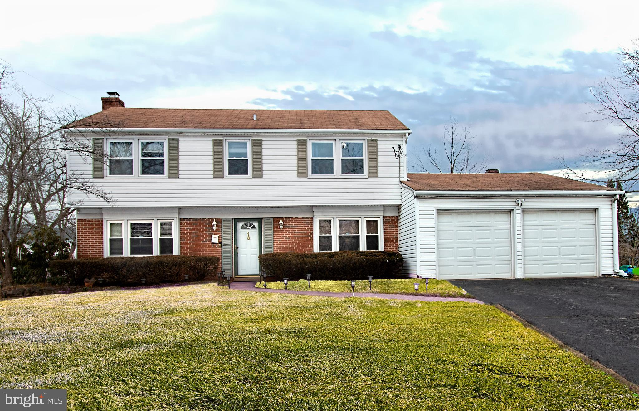 13 ORCHID, SOMERSET, NJ 08873