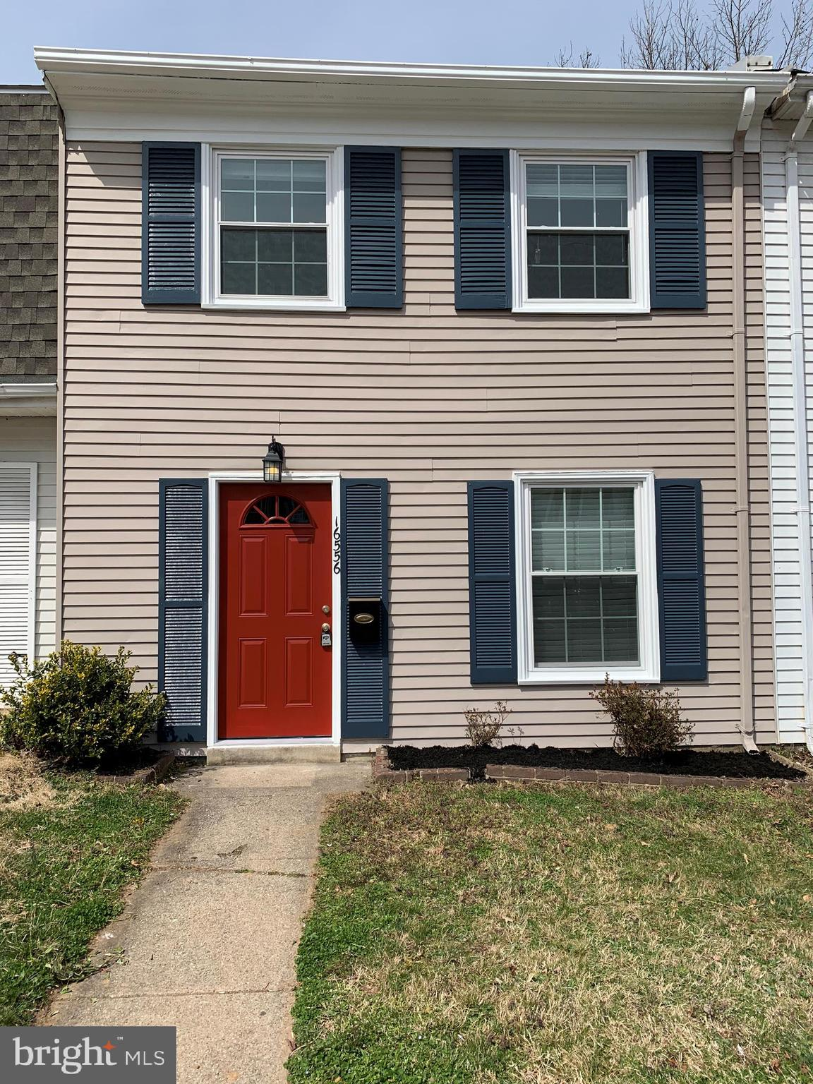 Charming 3 bedroom 2 level townhouse located in a convenient location in Woodbridge.  Tons of curb appeal with this property!  Property is move in ready, all you need to do is add your personal touches to make this YOUR home.  New replacement windows and front door recently installed.  The roof was replaced 5 years ago and electrical panel has been upgraded.  Easy access to public transportation.