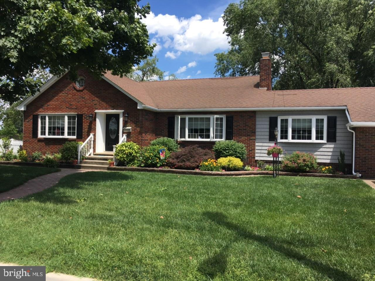 38 N ORCHARD STREET, GIBBSTOWN, NJ 08027