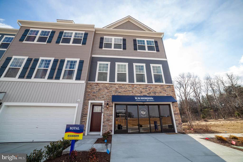 2911 DAVIS RIDGE COURTS, HANOVER, ANNE ARUNDEL Maryland 21076, 3 Bedrooms Bedrooms, ,2 BathroomsBathrooms,Residential,For Sale,DAVIS RIDGE,MDAA398682