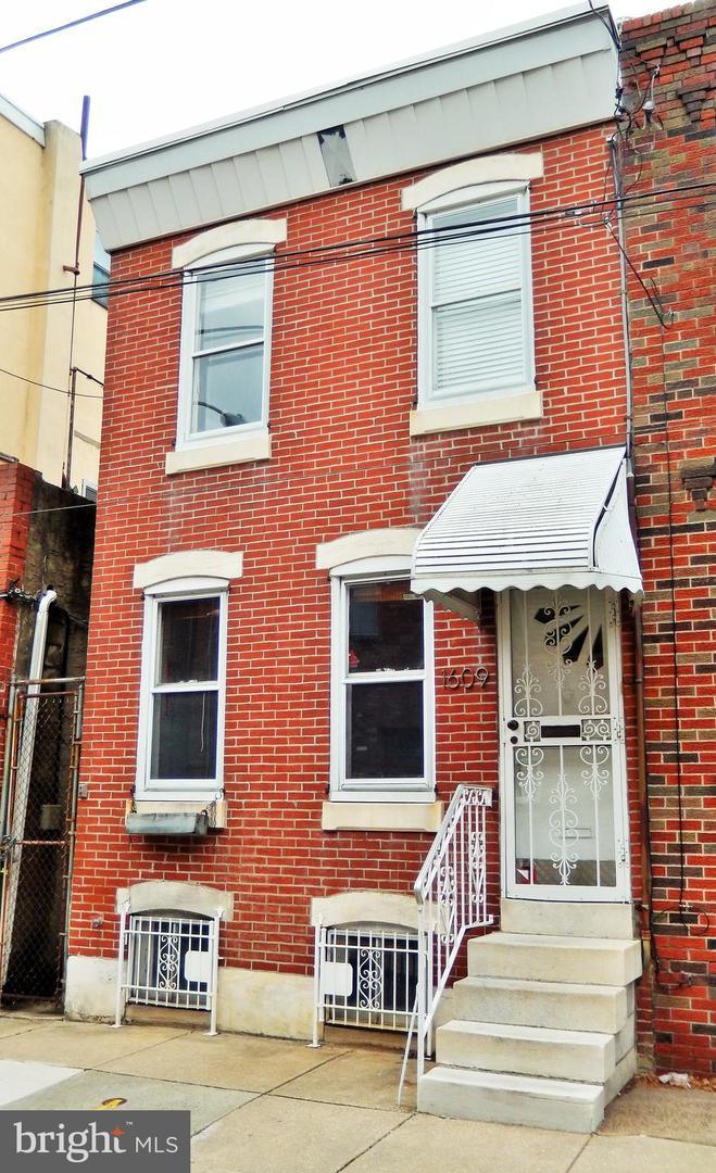 1609 S Iseminger Street Philadelphia, PA 19148