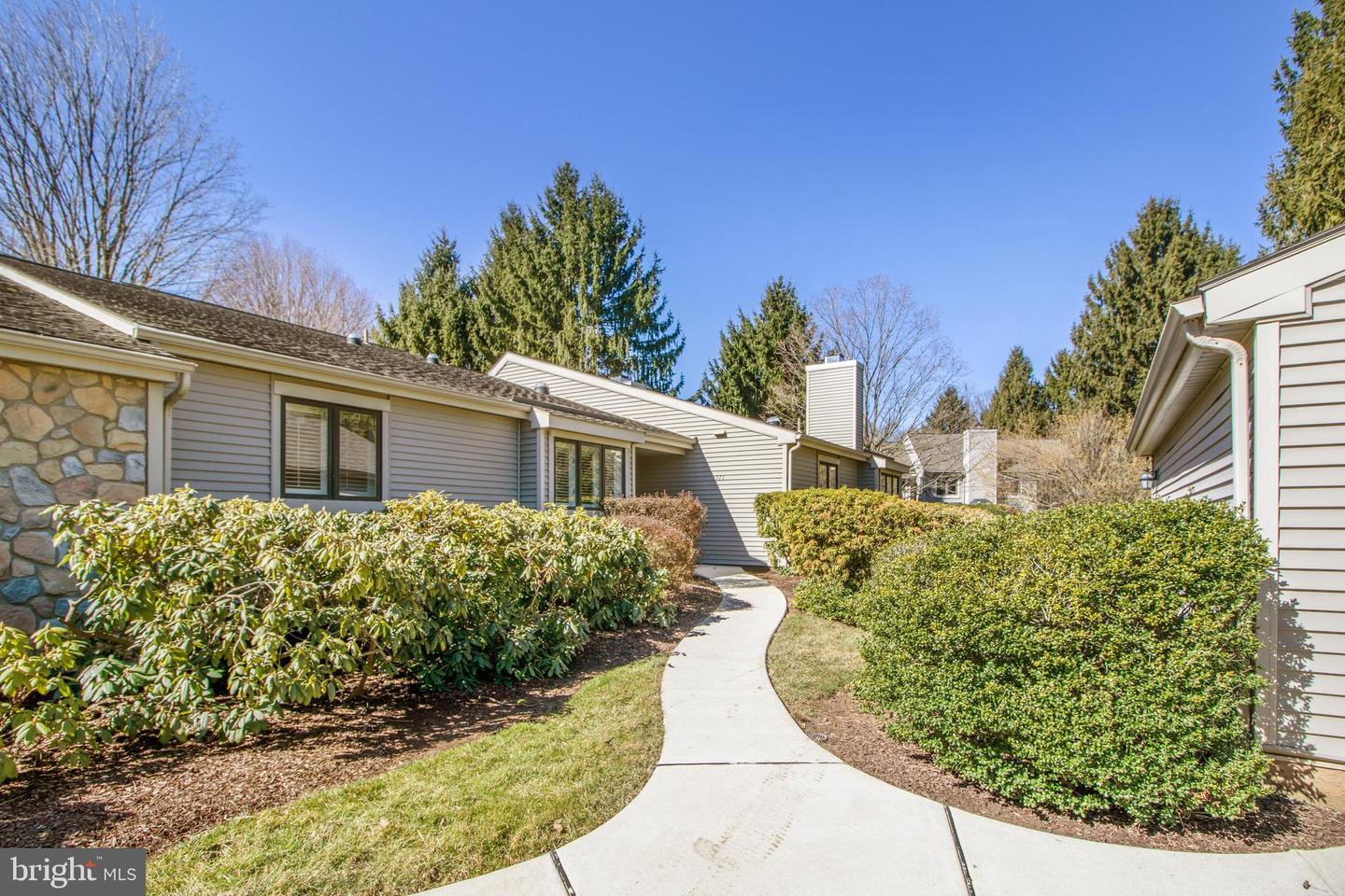 571 Franklin Way West Chester, PA 19380