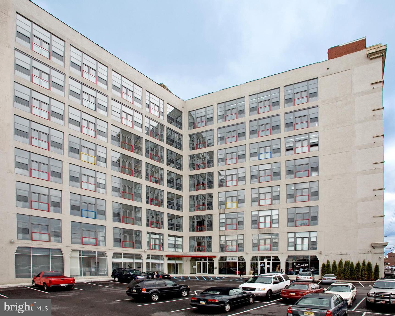 444 N 4TH Street #716 Philadelphia, PA 19123