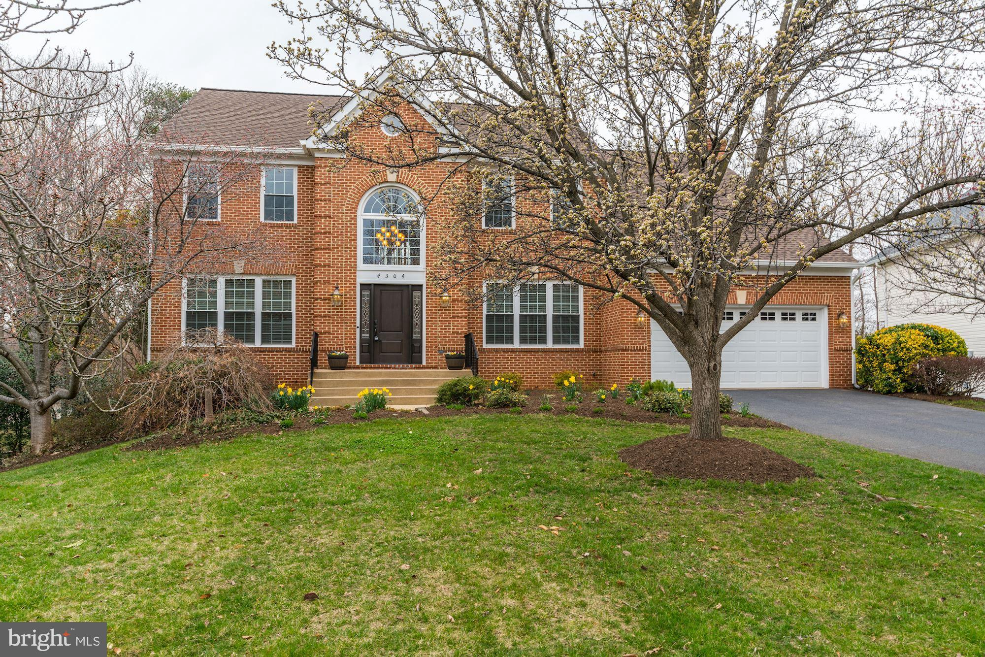 WELCOME HOME TO THIS SOPHISTICATED, YET COMFORTABLE BRICK FRONT COLONIAL SITED ON FABULOUS .35 ACRE FENCED/WOODED LOT IN PRIVATE CUL-DE-SAC.  PREMIER ENCLAVE OF 17 ESTATE HOMES ON NO-THROUGH STREET, IDEALLY LOCATED MINUTES TO METRO, FT. BELVOIR, BELTWAY, OLD TOWN, PENTAGON, SCHOOLS, SHOPS & EATERIES.  2 STORY ENTRY FOYER TRANSITIONS GRACEFULLY TO THE MAIN LEVEL OFFICE SPACE, FORMAL DR & LR, AND REAR OPEN GOURMET KITCHEN, FAMILY ROOM & FLORIDA ROOM - PERFECT FOR MORNING COFFEE OR BASKING IN THE SUNLIGHT.  UPPER LEVEL FEATURES SUMPTUOUS OWNER'S SUITE W/TWO SIDED GAS FP, TRAY CEILING, SITTING AREA AND LUXURY BATH.  3 ADDITIONAL UPPER BR'S PLUS DUAL ENTRY BATH PROVIDE AMPLE SPACE FOR GROWING FAMILIES OR OVERNIGHT GUESTS.  FINISHED LOW LVL BOASTS ENORMOUS AREA FOR PLAY, RELAXATION AND ENTERTAINING, WITH BONUS 5TH BR & FULL BA - IDEAL FOR AU-PAIR, IN-LAWS OR TEENS.  STORAGE AREA PROVIDES GREAT SPACE WITH PRACTICAL SHELVING.  WALK-OUT FROM LOW LVL TO BRICKED PATIO AND EXPANSIVE REAR LAWN, OR ENJOY WARM WEATHER DINING, GRILLING & STAR GAZING FROM UPPER TREX DECK.  BEST OF ALL, ALL THE MAJOR HOME IMPROVEMENTS ARE DONE TO INCLUDE; NEW HARDIE PLANK SIDING, NEW ARCHITECTUREAL SHINGLED ROOF & SKYLIGHTS, NEW 75 GAL HWH, NEWER DUAL HVAC, REPLACEMENT WINDOWS & DOORS, NEW CARPET, NEWLY REFINISHED HARDWOODS, CUSTOM TREX DECK, NEW LG W/D & MORE!  SPRING BLOOMS ARE ARRIVING SO MAKE THIS LOVELY HOME YOURS TODAY AND ENJOY SUMMER TIME FUN!