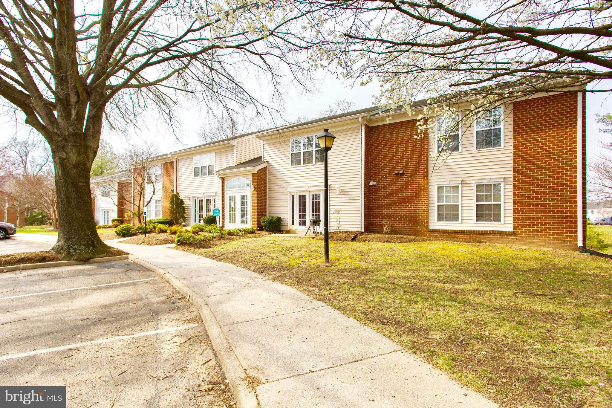 Rare opportunity in AMAZING location, minutes from schools, shopping, major highways and VRE! Sleek and modern with 2 Bedrooms, 1.5 Bathrooms and quality features. Luxe Kitchen with granite counters, stainless steel appliances and breakfast window opening to main living area. Many recent updates includes refinished floors and fresh paint throughout. Enjoy hassle-free living with most utilities included in condo fees. Additional storage unit in building. Amazing community amenities include playground, picnic area and tennis court that is just around the corner! Located in a commuters dream location, with everything you could need just minutes away, this truly is the best of both worlds... Welcome home!