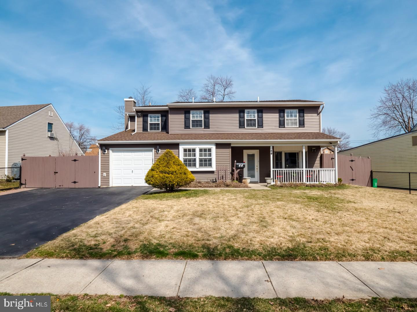 44 RAMBLER LANE, LEVITTOWN, PA 19055