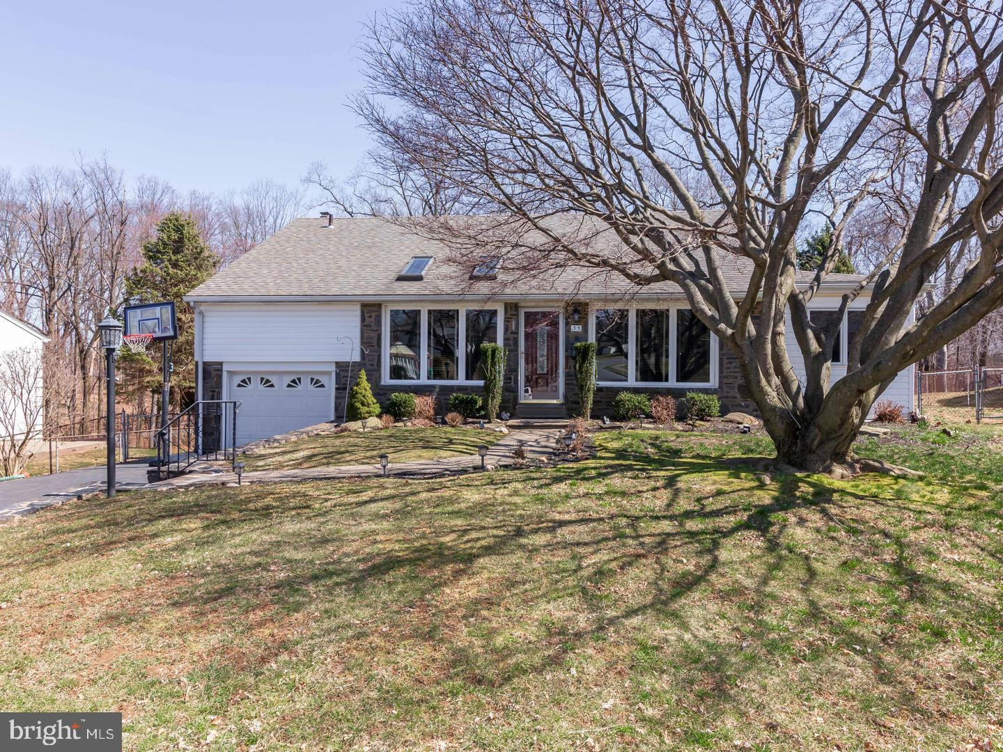 35 Cambridge Rd, Broomall, PA 19008, MLS #PADE439050 - Howard Hanna