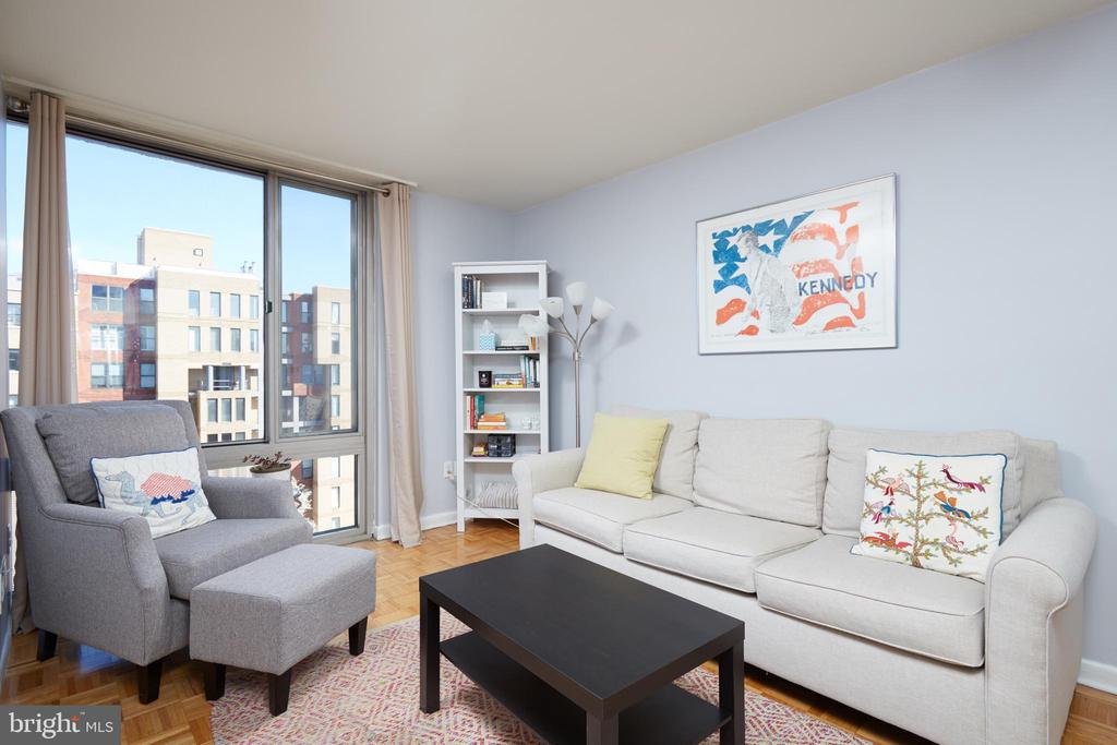 Beautiful space in the heart of Foggy Bottom. Former one bedroom unit converted into a two bedroom. Open kitchen, new refrigerator, new dish washer, and wood parquet floors throughout. Building boasts a gym, outdoor patio, laundry facilities on every level, and a roof-top pool. Coop fee covers all utilities and property taxes.