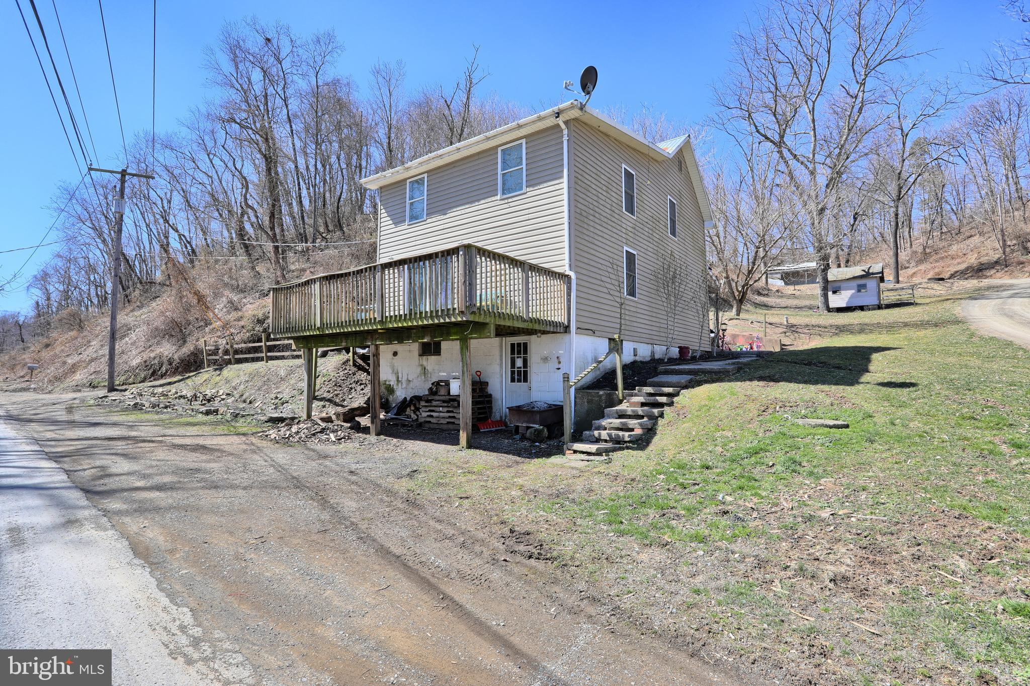 38 OLD TRAIL ROAD, LIVERPOOL, PA 17045