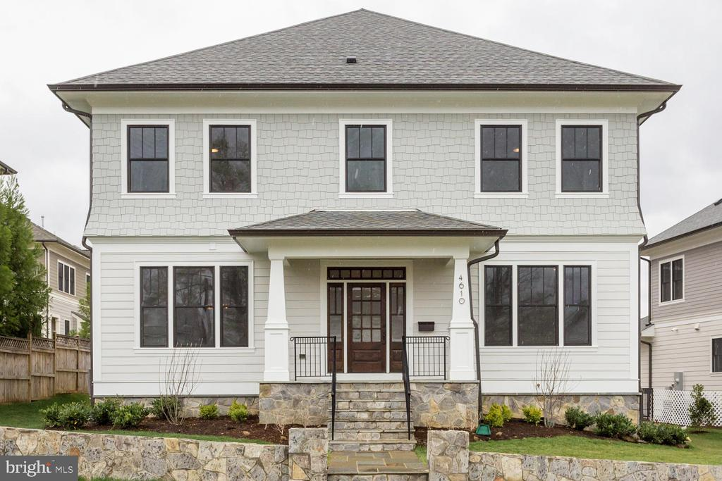 Gorgeous New Construction by Classic Cottages in the heart of Ballston. Great location, 1/3 of a mile from Ballston Quarter! 3/4 mile to Ballston Metro Station! Charming Open floor plan with high end finishes throughout. Oak hardwood flooring, quartz counters, transitional package of finishes and more! Learn more about this community this Sunday or visit www.abingdonestates.live for more information.