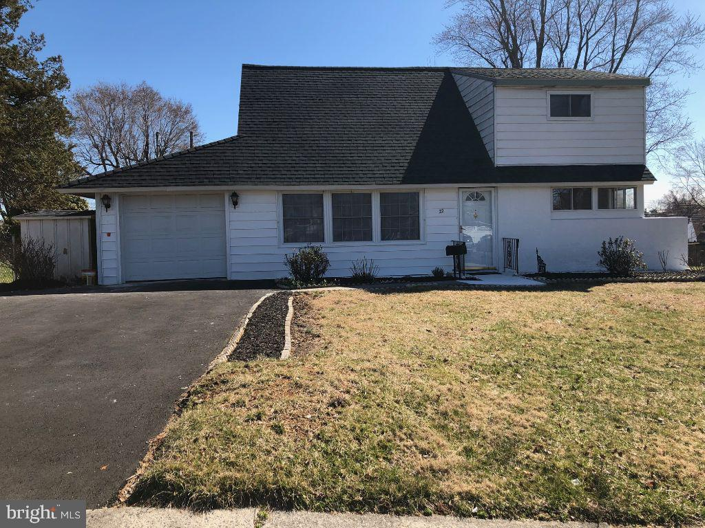 19020 5 Bedroom Home For Sale