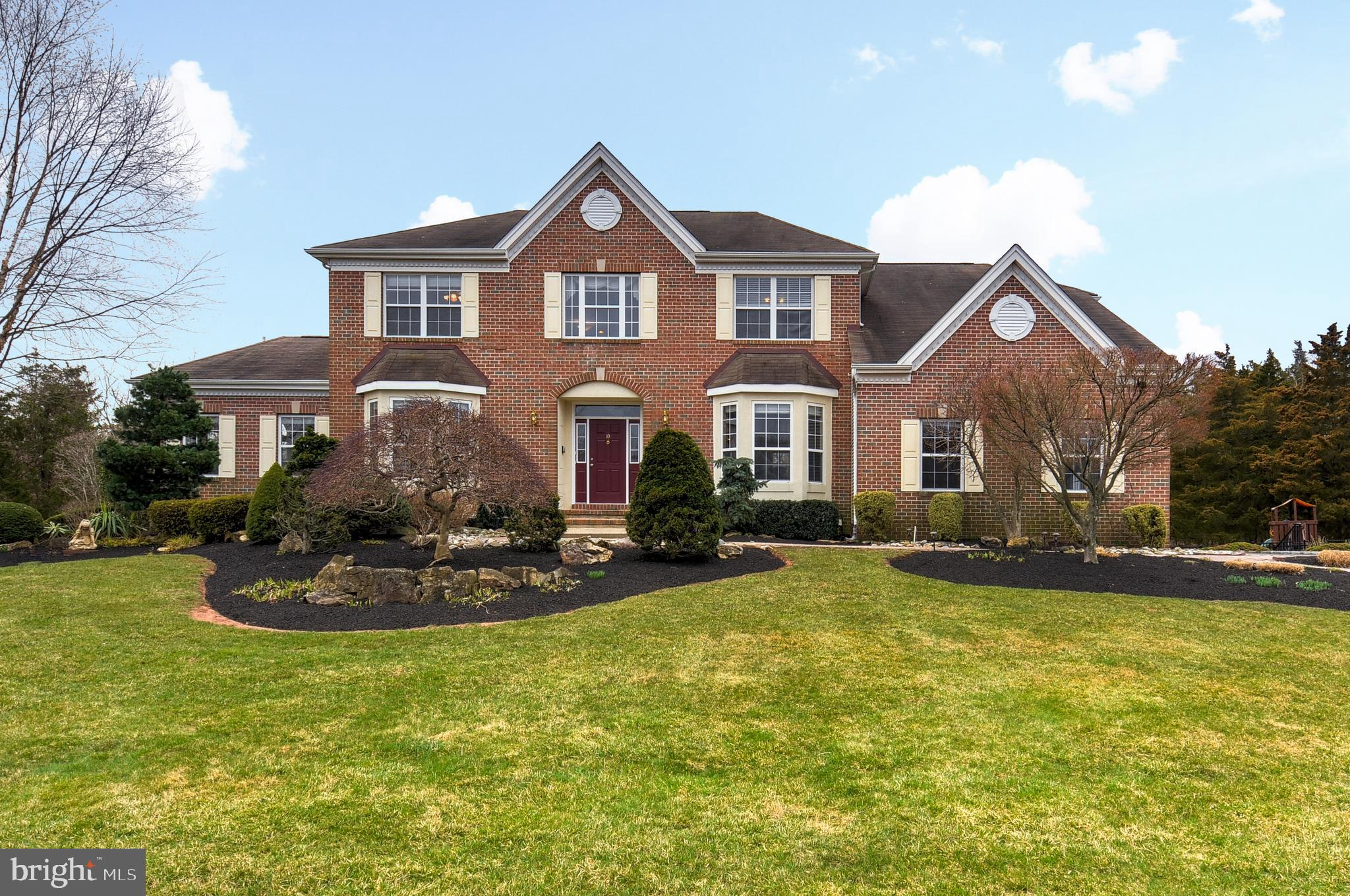 10 UNAMI CT, SOMERSET, NJ 08873