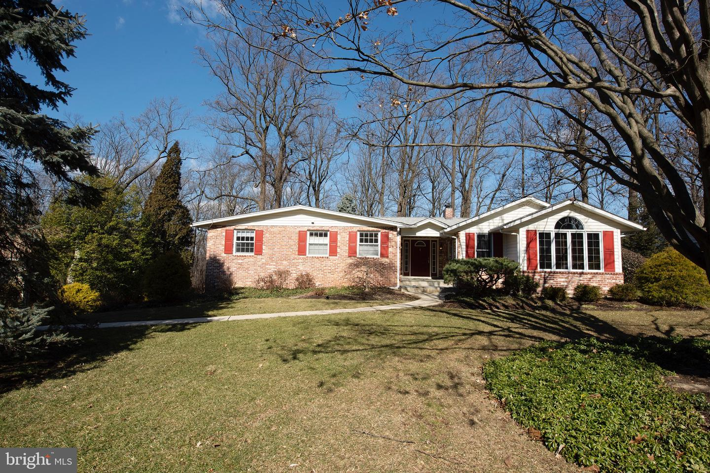 356 Friendship Drive Paoli, PA 19301