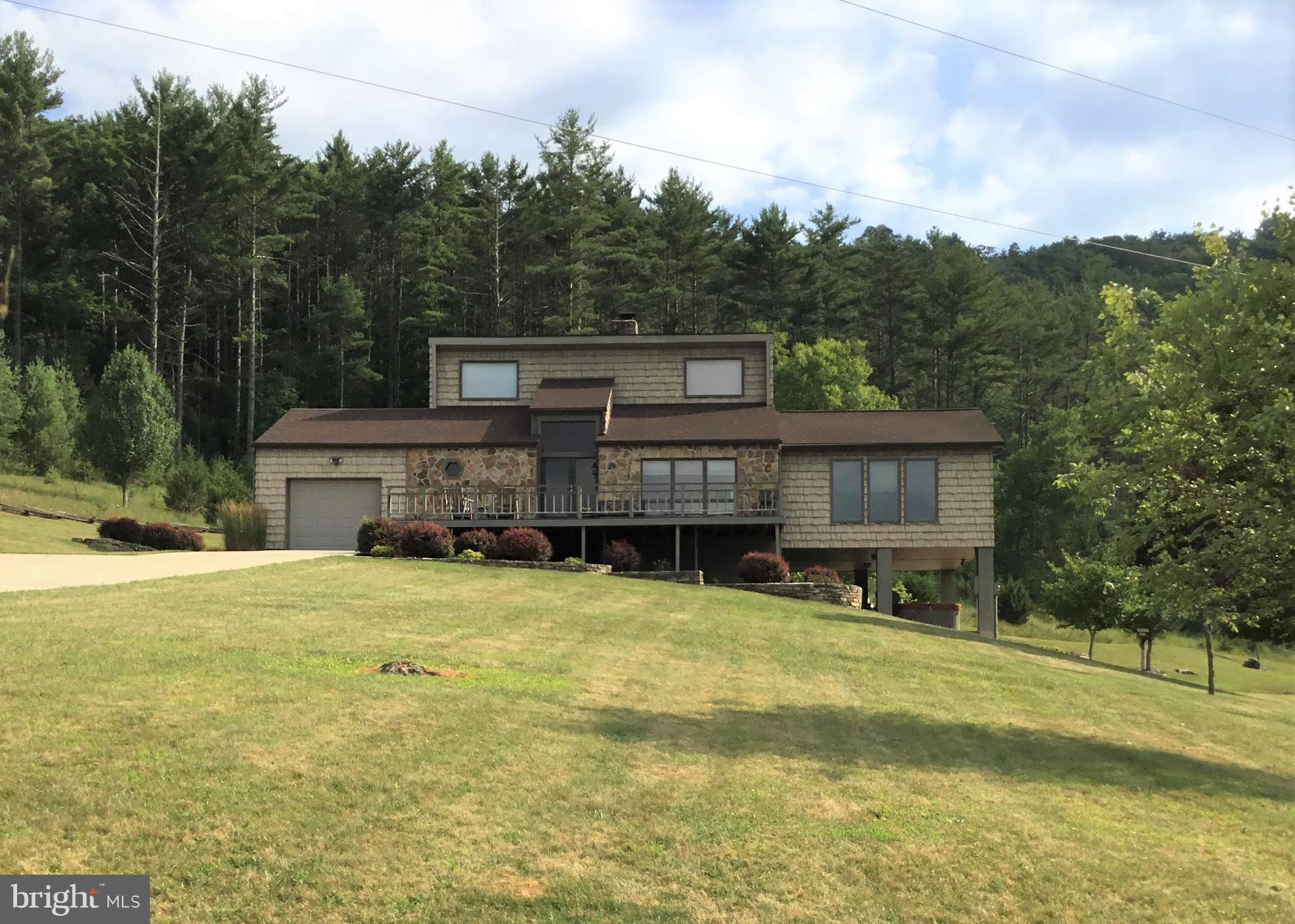 582 THORNY MEADOWS ROAD, FRANKLIN, WV 26807