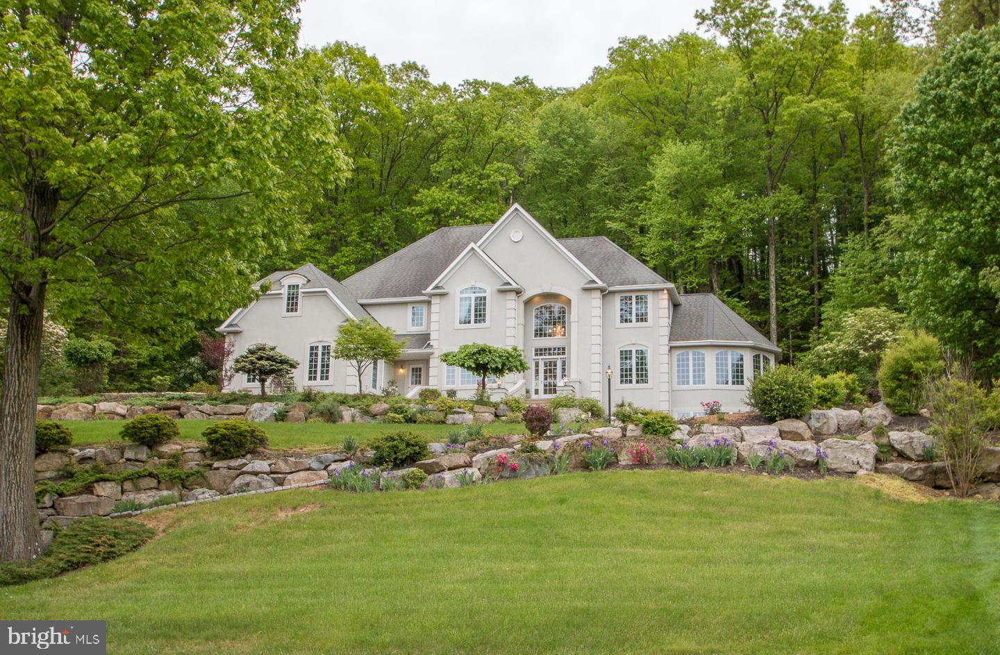 1975 AUGUSTA DRIVE, CENTER VALLEY, PA 18034