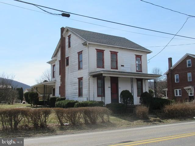 1405 W MAIN STREET, VALLEY VIEW, PA 17983