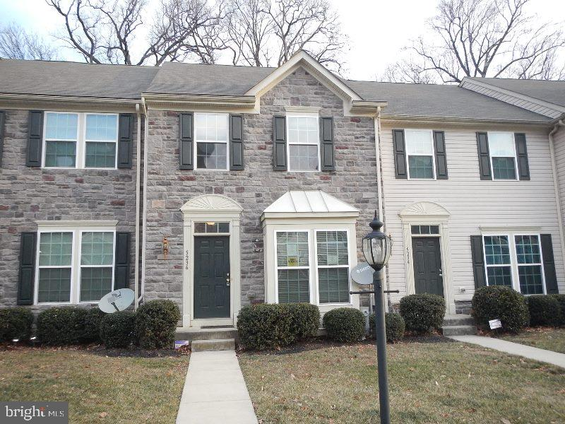 REDUCED 10K....Spacious townhouse with open floor plan in great location. 3BR with 3 Full Baths.  Fully finished basement. Lots of charm in a great location.  All offers must be submitted by the Buyer's agent via the RES.NET Agent Portal. To submit your buyer's offer, simply click the link below. If you already have a RES.NET Agent account, you will be prompted to log in. If not, you will be prompted to create an account. To begin, click or paste this link into your web browser: https://agent.res.net/Offers.aspx?-1529661