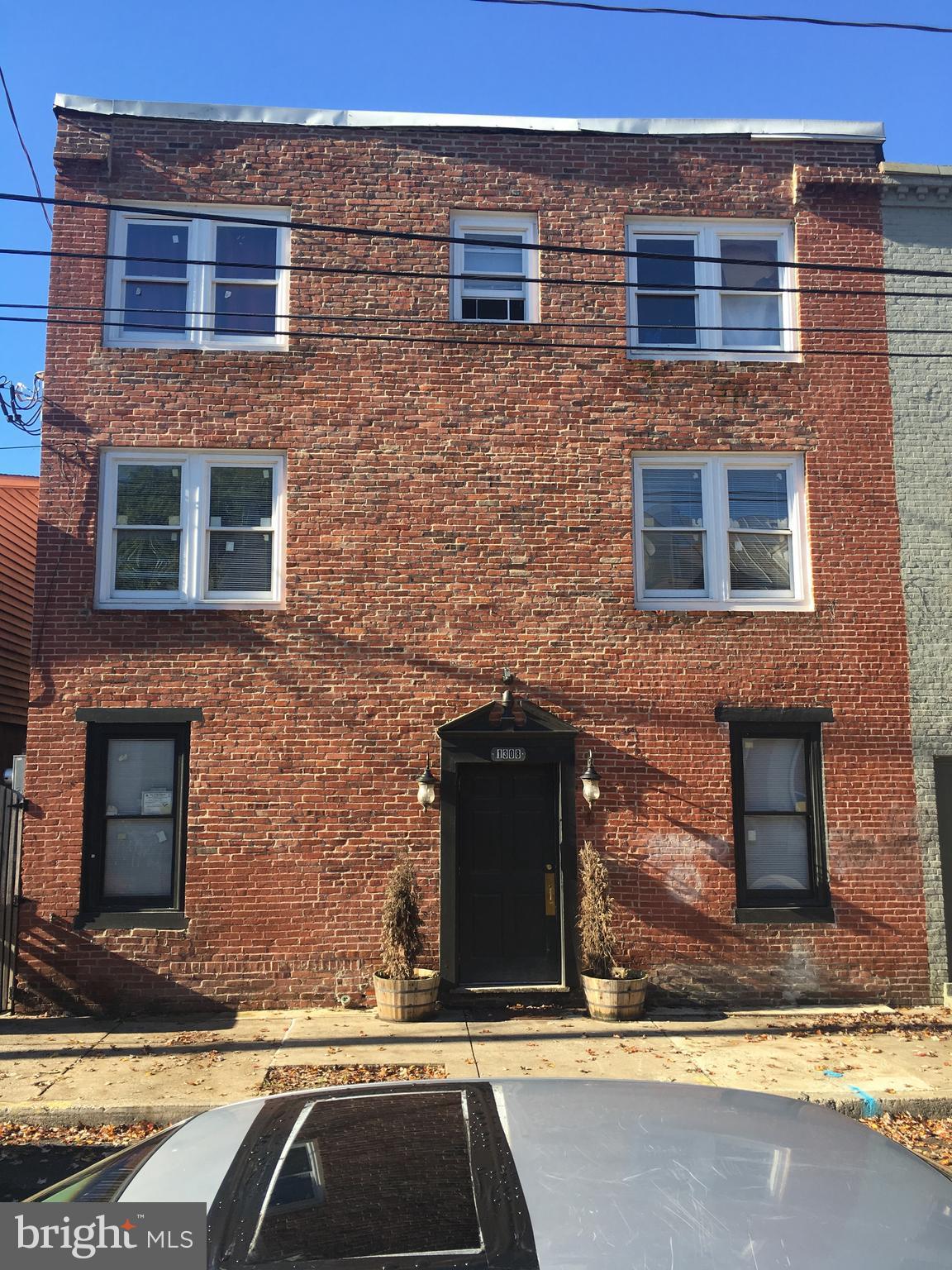 1308 PENN STREET, HARRISBURG, PA 17102