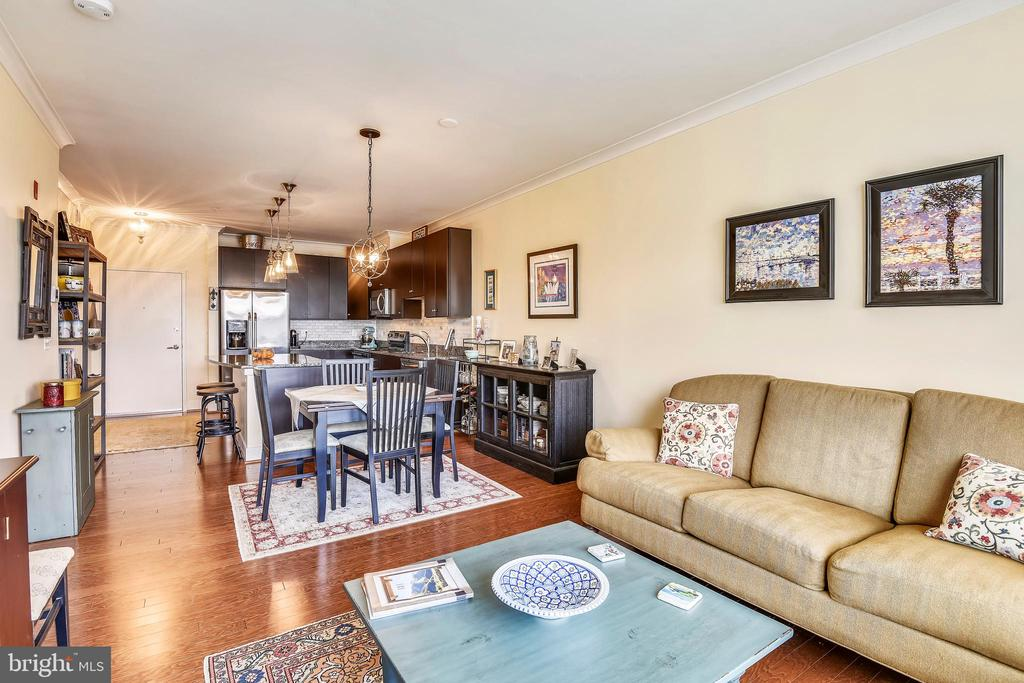 SUPREME CONDITION, SUPERIOR LOCATION.  OPEN HOUSE SUNDAY, APRIL 7, 2019, 1-4 PM. Gormet kitchen with granite counters/maple cabinets, additional storage, SS appliances/Parking space conveys/Minutes to Reagan Airport/DC, Braddock Metro just blocks away/Steps to Old Town, restaurants and shopping.  Since purchaseUpgrades include:  REPLACED CARPETTING IN BEDROOM AND HALL WITH HARDWOOD FLOORS CUSTOM ELFA CLOSETSBACKSPLASH INSTALLED IN KITCHENUNDER KITCHEN CABNET LIGHTINGCUSTOMIZED LIGHTING IN ENTRANCE, HALLWAY, KITCHEN, AND DINING ROOM.