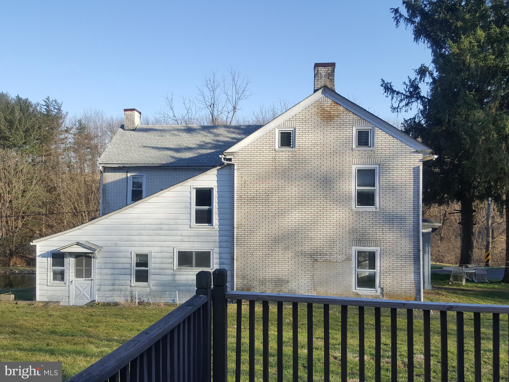 171 DURHAM NOX ROAD, KINTNERSVILLE, PA 18930