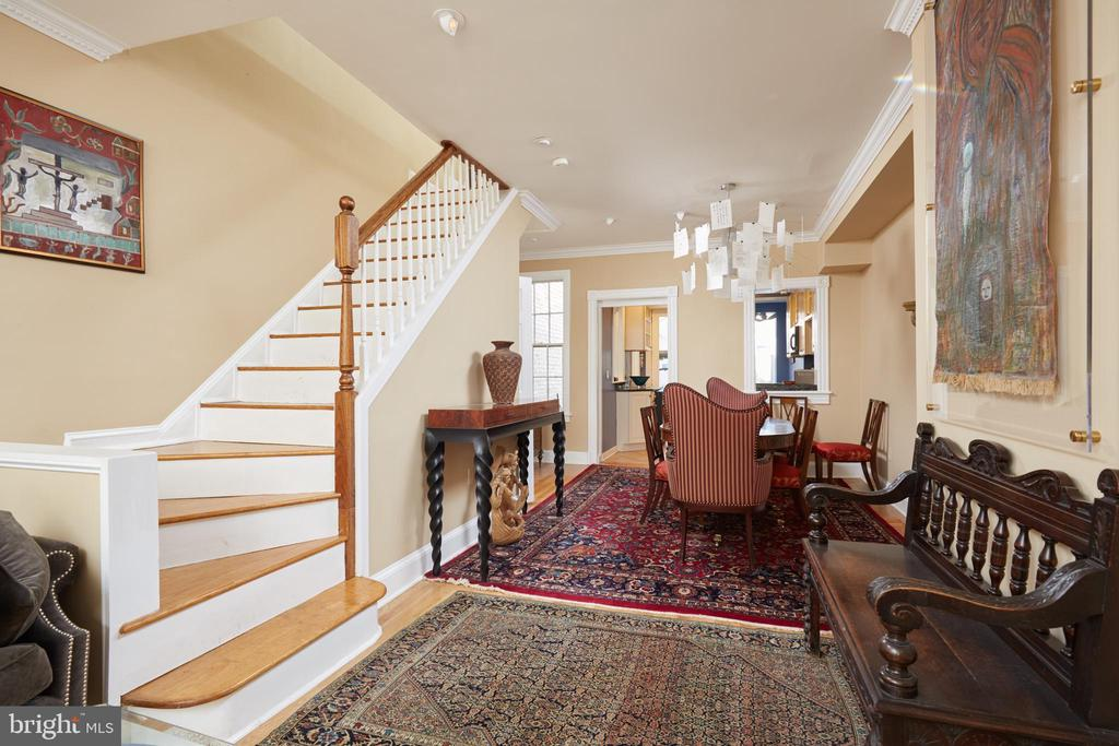 Lovely 3 bed 3 bath Georgetown home just steps from M street and Waterfront. Walking distance to Metro, shops, Restaurants, Downtown DC and Rock Creek Trails. This home features state of the art Master bath with remote control shower and motion sensor sink. 2nd bedroom has en suite bath as well. Hardwood floors and 1st 2 levels. Beautiful kitchen with Stainless Steel Appliances and breakfast area.