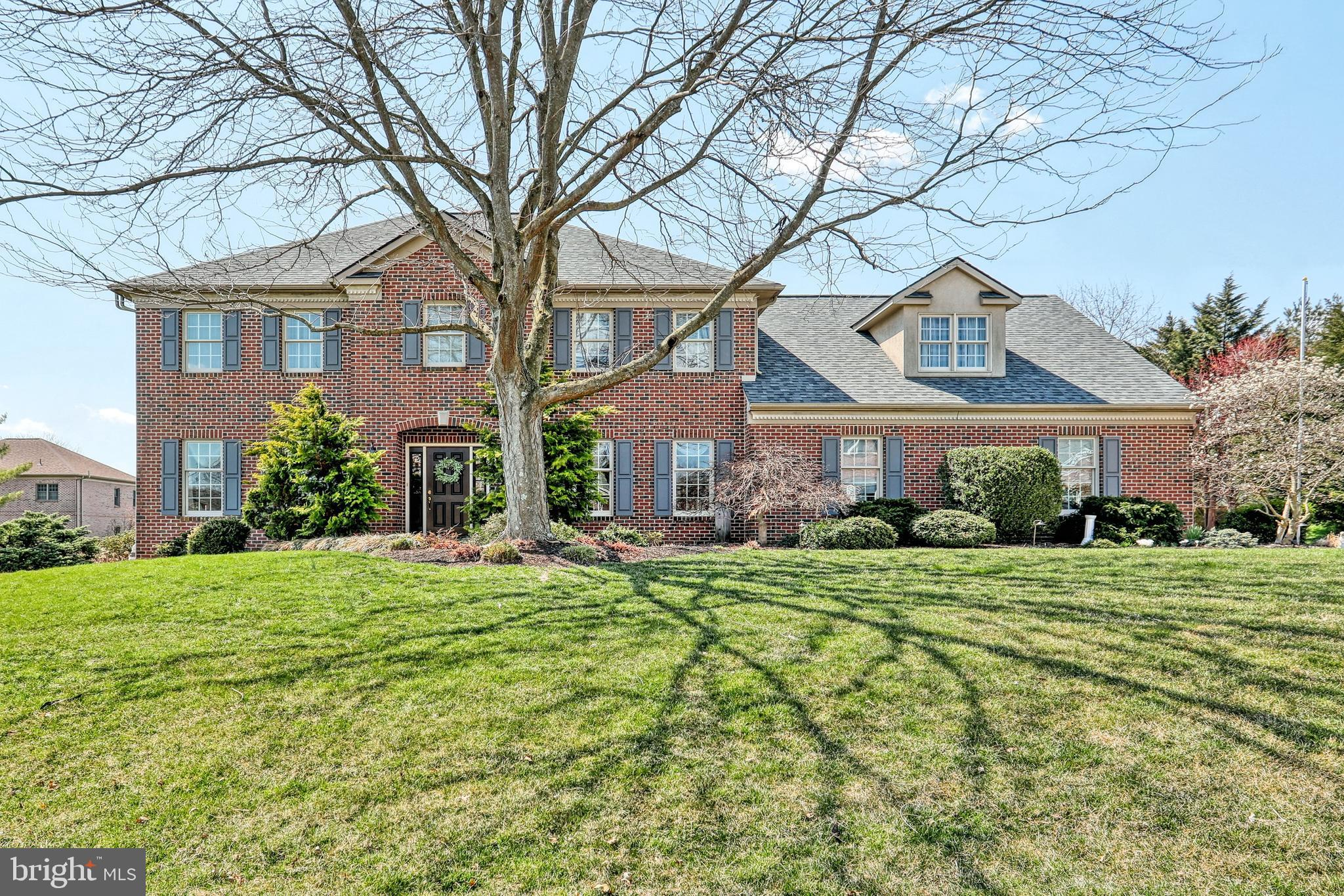 1440 BRITTANY DRIVE, YORK, PA 17404