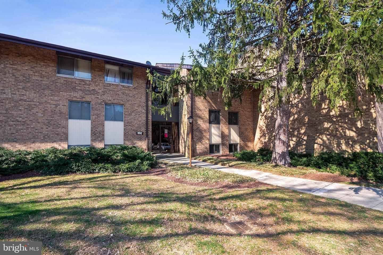 9912 Walker House Rd #2, Gaithersburg, MD 20886, MLS #MDMC635228 - Howard  Hanna