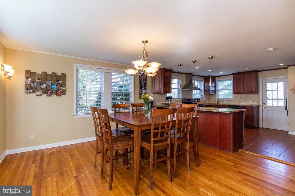 1477 Rockwell Rd, Abington, PA  19001