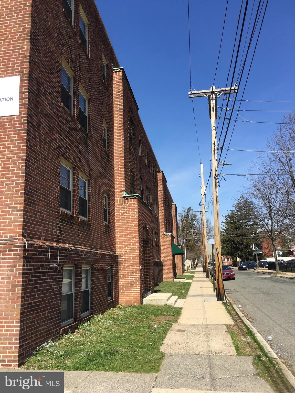 25 N FRANKLIN STREET, POTTSTOWN, PA 19464