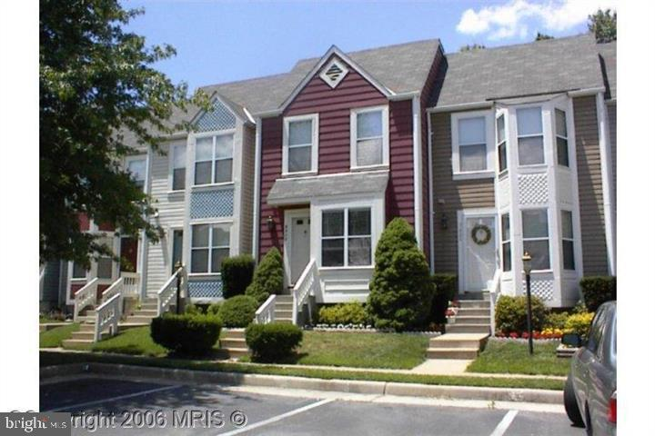 Beautiful 3 level townhouse with lots of updates. Located in the heart of Kingstowne. Convenient location within minutes to Ft. Belvoir, Springfield metro station, and 95/495.Kitchen with stainless appliances & Silestone countertops. Freshly painted. New hardwood floors on the main level. Living room with fireplace,MBR vaulted ceilings. Beautiful deck for Entertainment. Fully finished basement, can be used as third bedroom. HVAC Updated 2015, Roof replaced 2003.Bring your offers soon, this property won't last long.