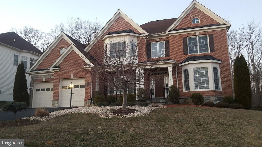 This 5 Bedroom 4 bath home in the most pristine Coventry Glen Subdivision is in an upcoming online event dates are 4/13-4/16.  All bids should be submitted at the xome site.  Any post auction offers will be submitted to list agent. All properties are subject to a 5% buyers premium.