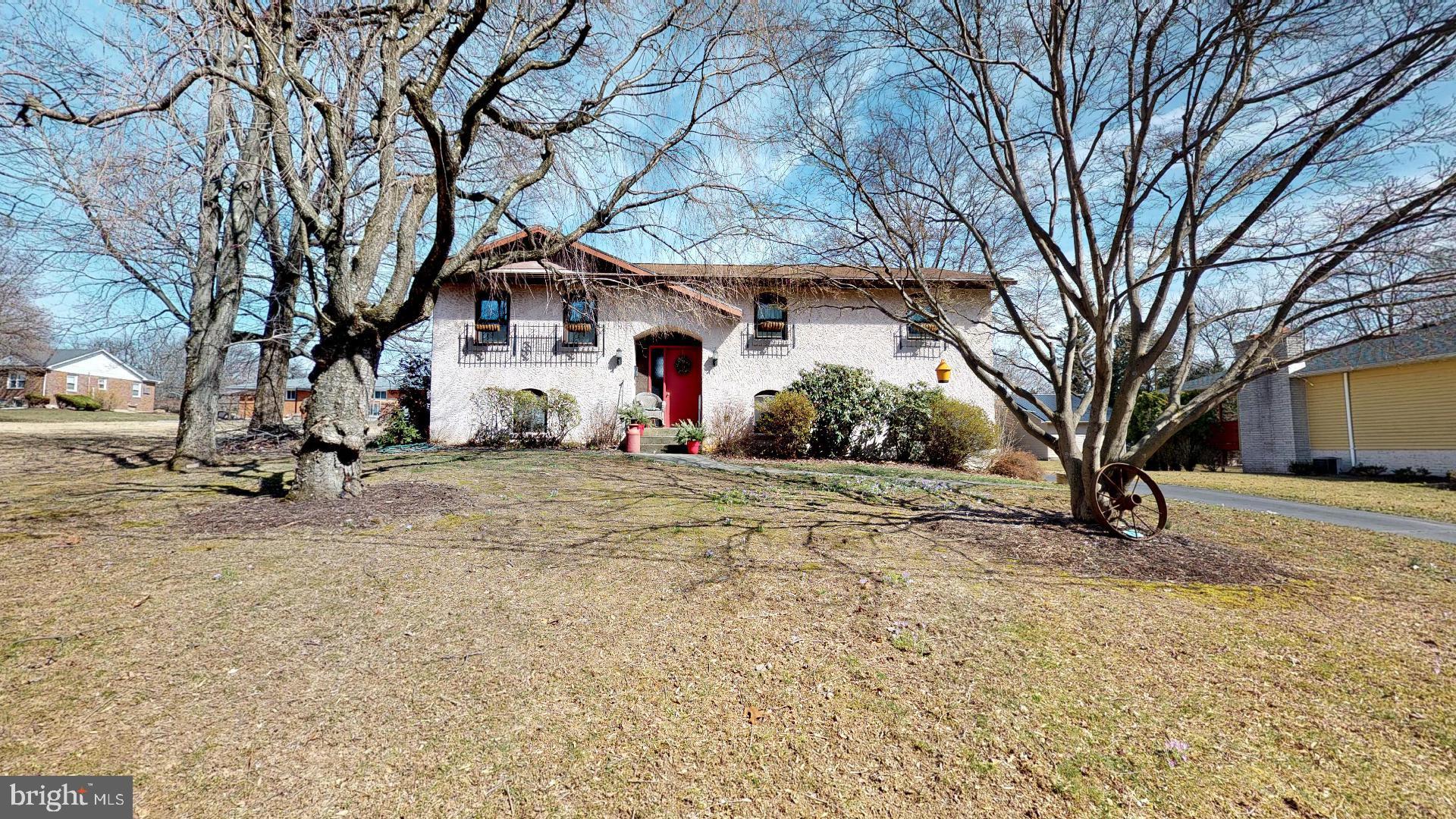 285 EISENHART BOULEVARD, BANGOR, PA 18013