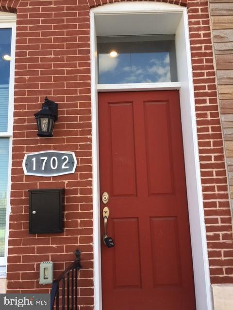 1702 N BROADWAY, BALTIMORE, MD 21213