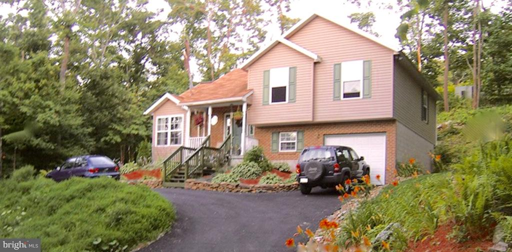 413 LITTLE VALLEY ROAD, CLAYSBURG, PA 16625