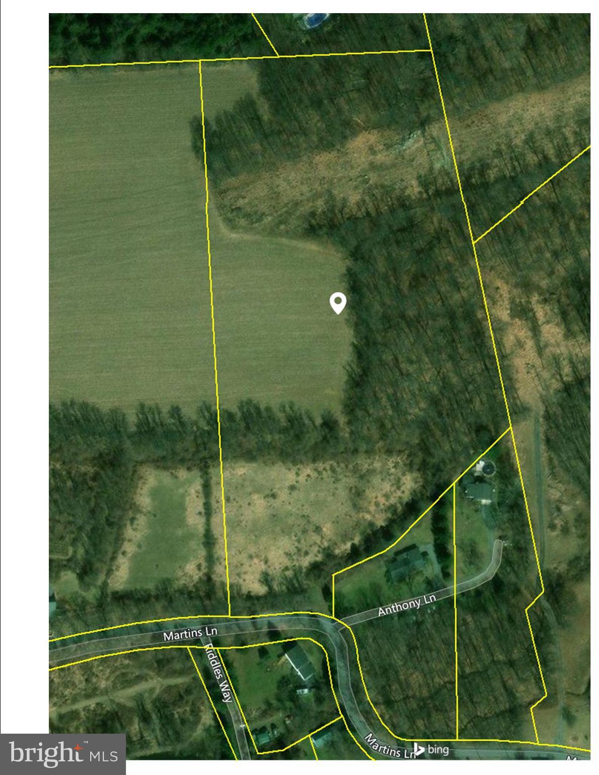 2593 MARTINS LANE, HELLERTOWN, PA 18055