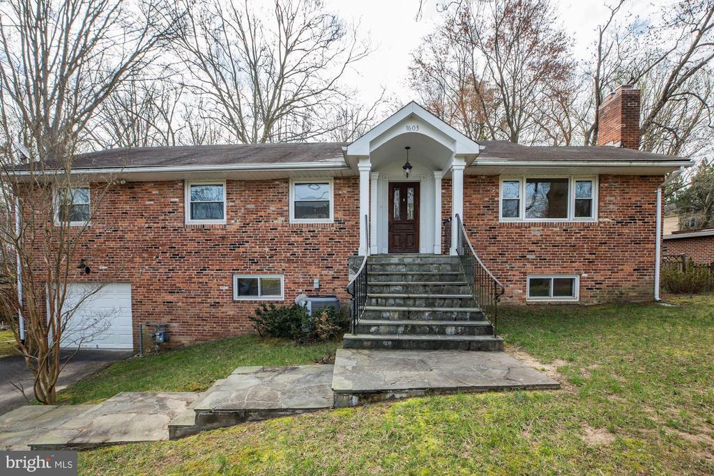 1603 Kirby Rd, McLean, VA 22101