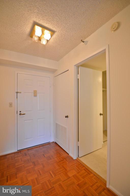 1600 N Oak St #901, Arlington, VA 22209