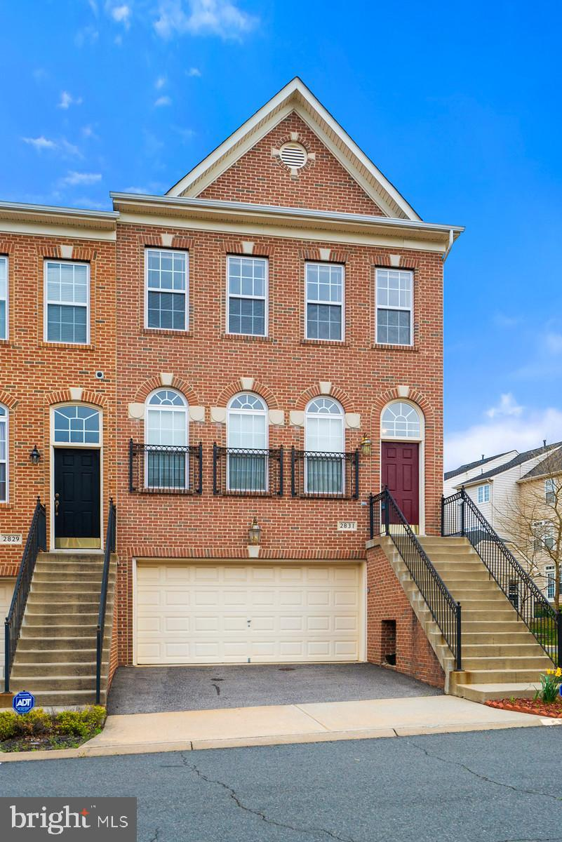 Back in The Market- Buyer has to leave the country family Emergency Well Maintained, All Brick 3 Bed Rooms, 3 Full and one Half Bath, High Ceiling, Port Potomac 2 Car Garage Townhouse, Brick front end unit. 2200 SF Living Space, Spacious floor plan. Loads of windows, hardwood floors main level. Gas burning fireplace, Sep dining Room. Large eat-in kitchen with superb island . Master walk-in closet, vaulted ceiling, Vanity Bath with Tub, Shower.  Great community club house. Near commercial areas, restaurants, & I-95