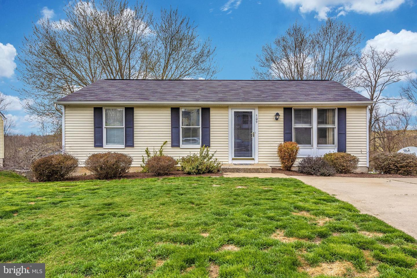 Astounding 509 Northview Rd Mount Airy Md 21771 Mls Mdfr243972 Howard Hanna Home Interior And Landscaping Palasignezvosmurscom