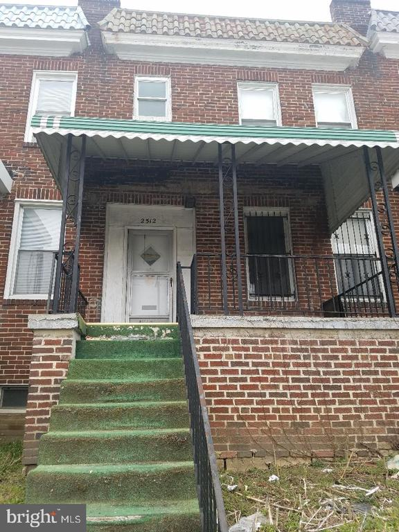 Great investment opportunity. House being sold as is. Spacious inside. High ceilings on the main floor. Broker is related to the owner and has an interest in the property. Sentri Lockbox is on the railing.