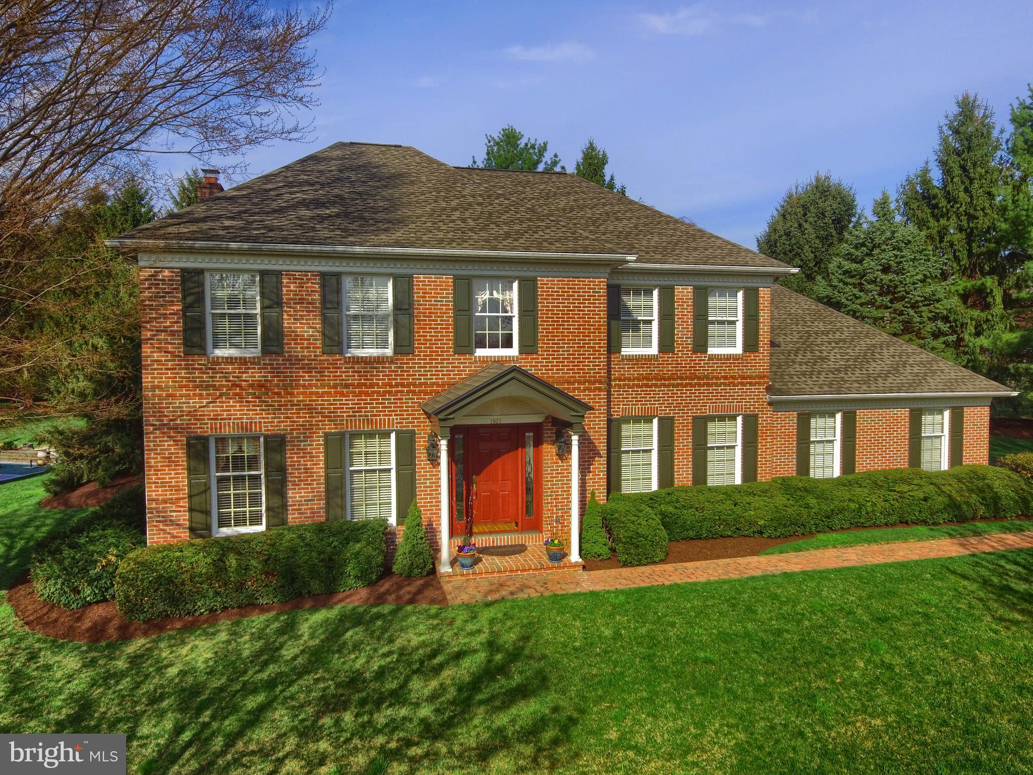 1925 WICKFORD PLACE, WYOMISSING, PA 19610