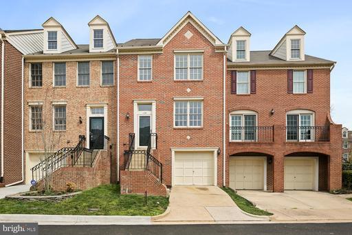 1138 Quaker Hill Ct, Alexandria, VA 22314
